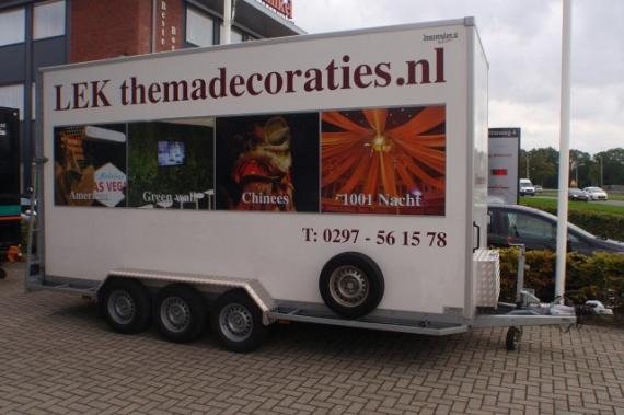 Bloemenwagen met diverse aanpassinge