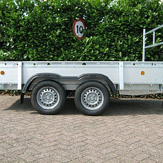 Henra bakwagen BA273015 2as geremd 301x150 cm 2700kg