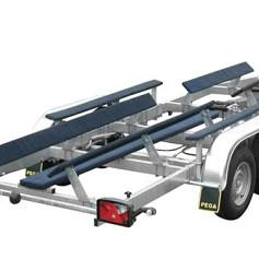 PEGA boottrailer voor trimarans